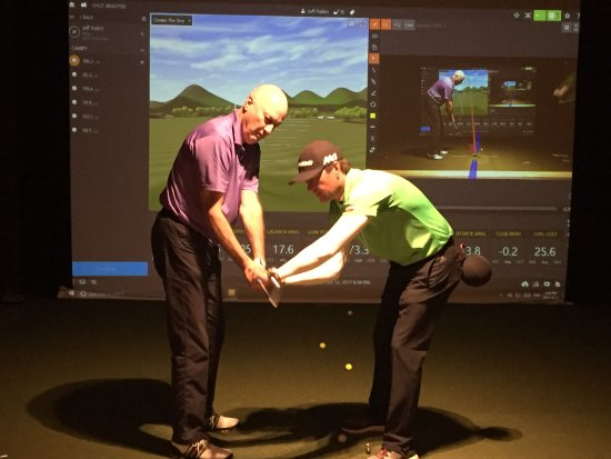 indoor-golf-lessons